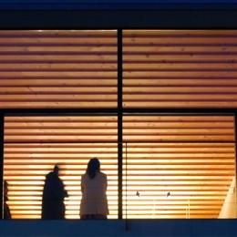 あざみ野の家 (外観夜景)