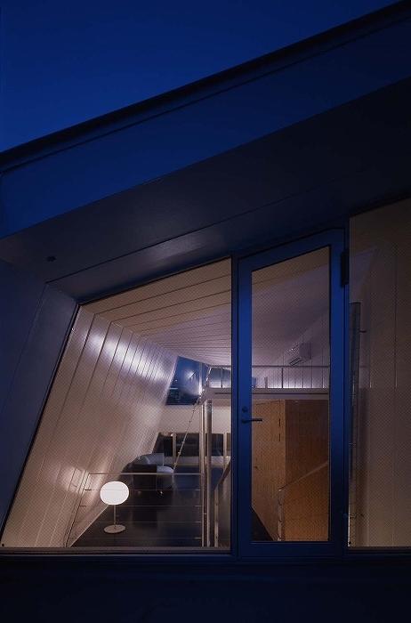 鉄の家の部屋 テラス
