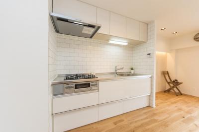 キッチン (サーフテイストな暮らし。『Beach Style』リノベーション)