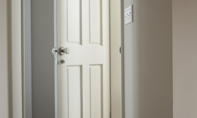 O邸 (廊下&ドア)
