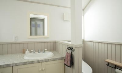 O邸 (光溢れる洗面台&トイレ)