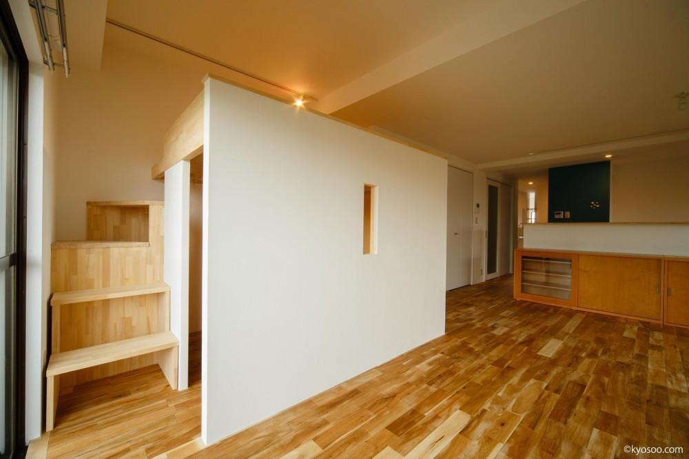 Ss-House (Living-Loft)