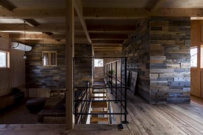2階 (倉庫をリノベーションしたかのような新築の家(石部の家))