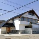 ひとつ屋根の家