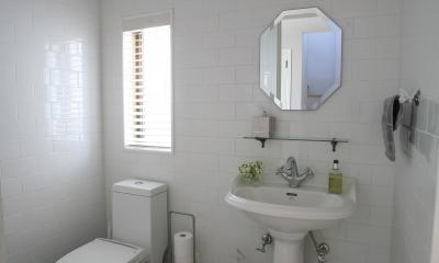 N邸 (清潔感あるトイレ&手洗い)