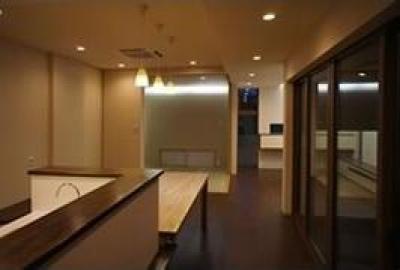ピアノ教室と3世代で住む家 (ダイニングと和室)