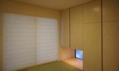 地窓のある和室|コンパクトな二世帯住宅