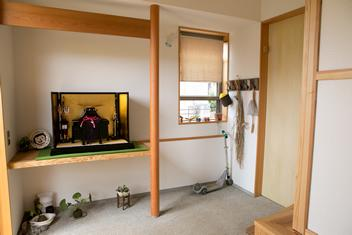 寒川 芳咲健純 風わたる家の部屋 開放的な土間
