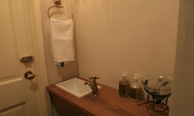 M邸 (トイレ手洗い)
