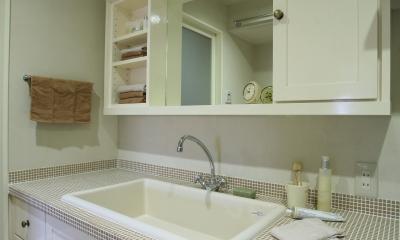 M邸 (ブラウンタイルが可愛い洗面台)
