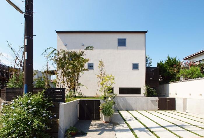 七里ヶ浜の家 (外観)