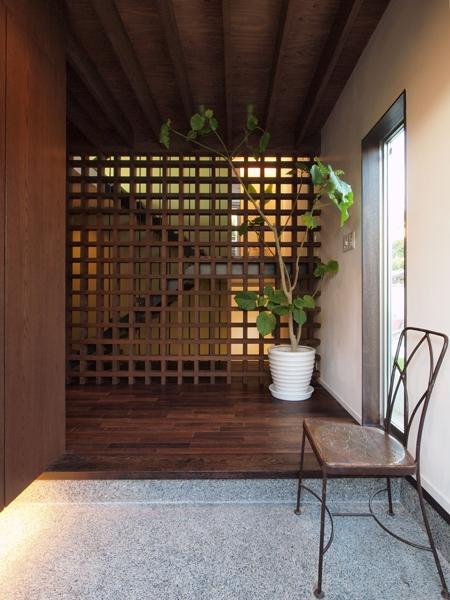 七里ヶ浜の家の部屋 エントランス
