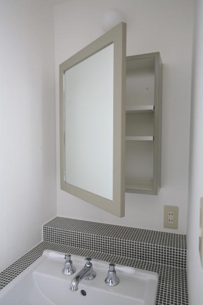 鏡収納 (T邸)