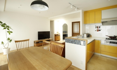 K邸・小さな個室と大きなリビング、心地のよい暮らし方 (心地の良い開放的なLDK)