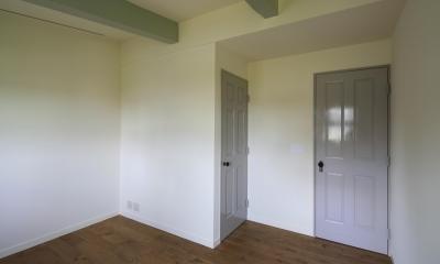 M邸 (寝室ドア)
