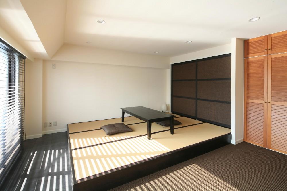 T邸 (シックモダンな上がり畳スペース)