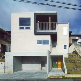 宝塚の家 (斜面地に建つ住宅)