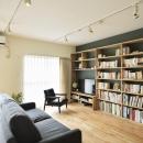 K邸・暮しを彩る収納のある家の写真 リビング-テレビボード兼壁面収納