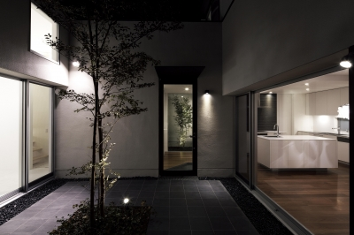 house and atelier PTL (キッチン)