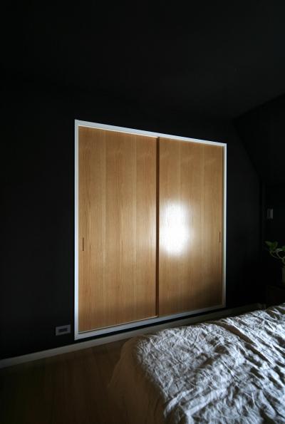 寝室引き戸 (Y邸)