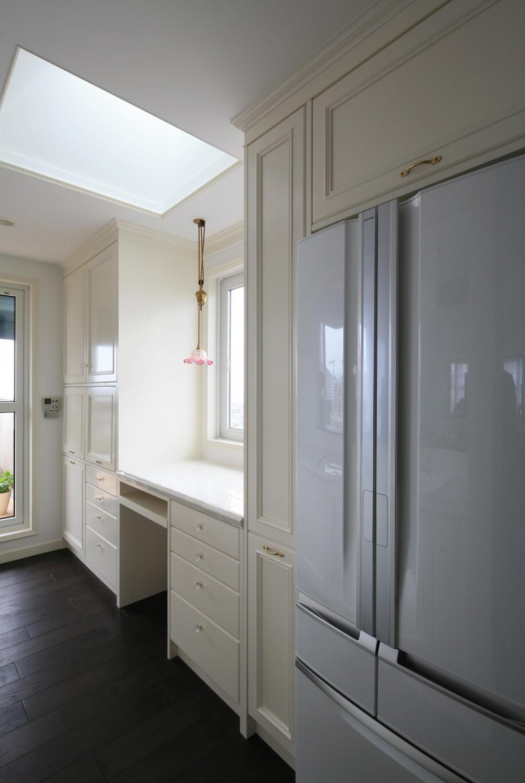 H邸 (冷蔵庫、家事デスクスペース)