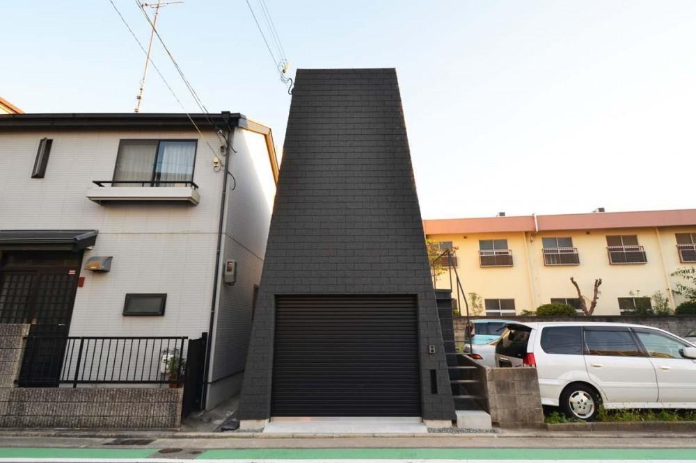Mountain House (ファサード)