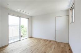 yokohama isogo house (寝室)