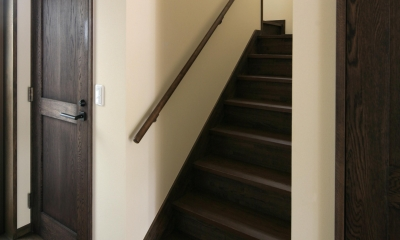 F邸 (階段)