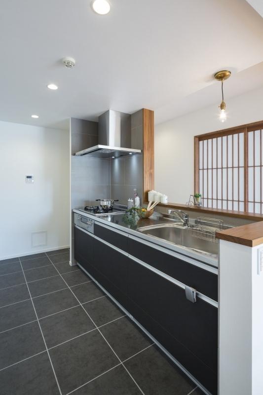 No.98 築31年マンションリフォームの写真 キッチン2