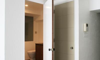 Y邸 (トイレ&バスルームのドア)