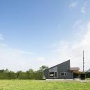 当別の家 シンプルな北国の住まい|新築の写真 片流れの勾配屋根の外観