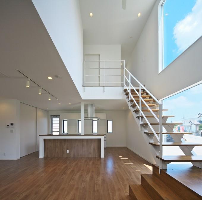 鶴田の家 (リビングダイニング)