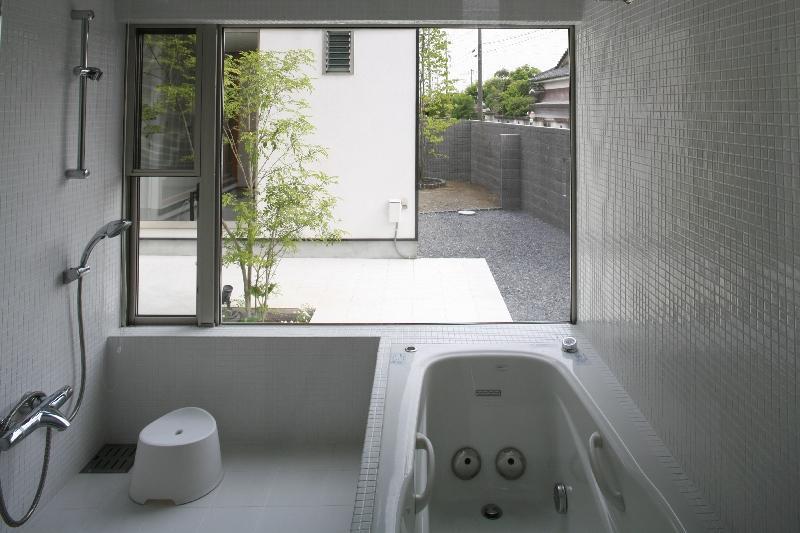 大平の家の部屋 バスルーム