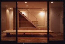 K邸 「のびしろ」を持つ住宅 (階段下収納のあるリビング)