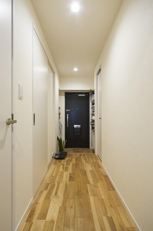 No.91 30代/3人暮らしの部屋 廊下2