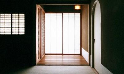 僅かな光を感じる茶室2|究極の終の棲家ちいさな茶室 かすかな光を楽しむ時間