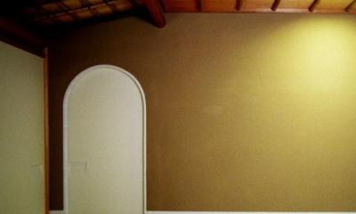 究極の終の棲家ちいさな茶室 かすかな光を楽しむ時間 (僅かな光を感じる茶室3)