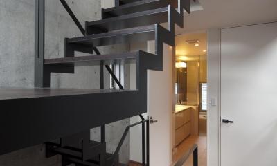 松原の家 (階段)