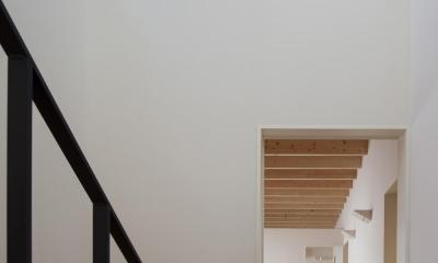 鶴見の家 (吹抜けの玄関ホール)