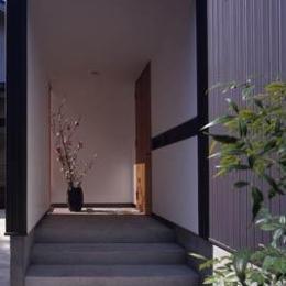 寛の家61 (玄関アプローチ)