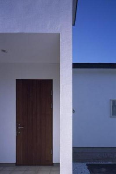 玄関アプローチ (寛の家62)