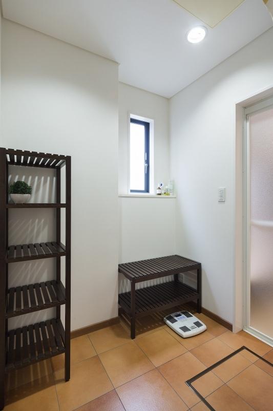 No.90 40代/4人暮らしの部屋 バス1