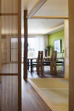 寛の家82 (ホール~和室~LD)