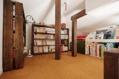 ロフト-多目的スペース (T邸・家族のくらしをより楽しく豊かにするとっておきの家)