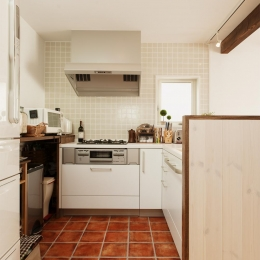 T邸・家族のくらしをより楽しく豊かにするとっておきの家 (機能的なL字型キッチン)