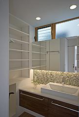 川崎市S邸の部屋 白い洗面室