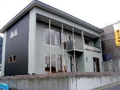 外観2 (ロングヒルの家)
