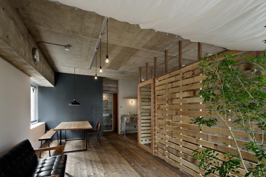 建築家:蘆田暢人「元浅草の住居」