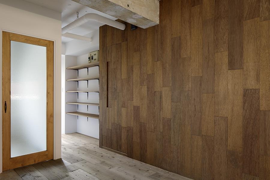 西葛西の住居 vol.1の部屋 合板を使った質感のある壁