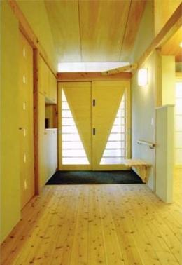 佐賀の家(シンプルな大屋根の住宅) (玄関)